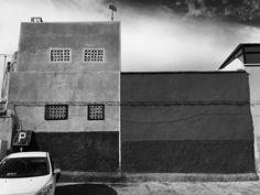 Car and walls