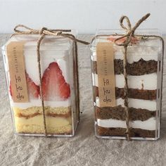 Image uploaded by city 127 *:・゚✧. Find images and videos about food, indie and korean on We Heart It - the app to get lost in what you love. Dessert Packaging, Bakery Packaging, Food Packaging Design, Cookie Packaging, Bottle Packaging, Eat This, Snacks Für Party, Cafe Food, Aesthetic Food