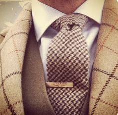 Tie bar not necessary.