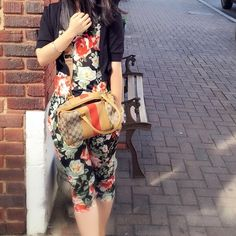 Floral romper Super chic and pretty. Stretchable. Materials polyester. I am normally wearing s to M, depending on the style and material. This outfit fits me perfectly Other