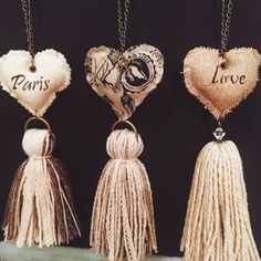 … make paper tops! Home Crafts, Diy And Crafts, Arts And Crafts, Diy Tassel, Tassels, Beaded Garland, Fabric Crafts, Fiber Art, Creations