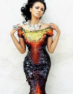 Kat Graham by Vaunn Yevo for Neux Magazine (Fall Editorial: Vamp Dress: Lloyd Klein Haute Couture Look Fashion, High Fashion, Fashion Design, Fashion Clothes, Womens Fashion, Glamour, Fuchsia, Sensual, Beautiful Gowns