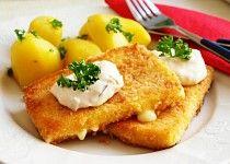 Smažený sýr - smažák Special Recipes, Popcorn, Cravings, French Toast, Eggs, Breakfast, Food, Restaurant, Traditional