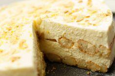 No-bake limoncello tiramisu taart Sweet Recipes, Cake Recipes, Dessert Recipes, Limoncello Cake, Cream And Fudge, Cheesecake, Sweet Pie, Italian Desserts, Cake Cookies