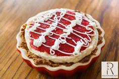 #Vegan Mini Strawberry Cheesecakes with #GlutenFree Vanilla Frosting #recipe via @veganmiam