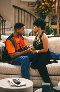 Will Smith and Kim Fields in The Fresh Prince of Bel-Air Fresh Prince, Top Tv Shows, Great Tv Shows, Will Smith Tv Show, Willian Smith, Prinz Von Bel Air, Black Sitcoms, Alfonso Ribeiro, Rap