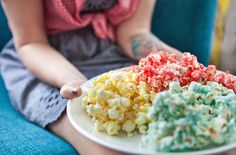 How to make flavored popcorn with koolaid