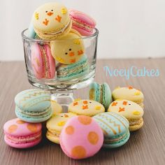 Easter macarons by N