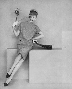 Photo by Leombruno-Bodi, March Vogue 1958