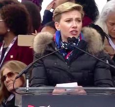 """""""Thank you, Scarlett Johansson for speaking up for the 1 in 5 American women who've relied on Planned Parenthood for care. #WomensMarch"""""""