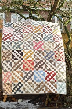 I've always wanted to make a Jacob's Ladder quilt.