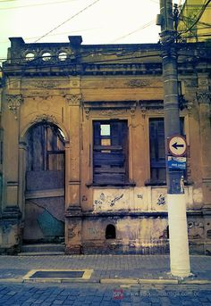 Abandoned house in Atibaia, Brazil