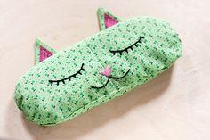 DIY: aromatherapy 'cat nap' eye pillows