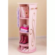 The little princess in your life is sure to love our KidKraft Princess Dress Up Unit! The Kidkraft Princess Dress Up Unit swivels and features a mirror, 5 convenient storage compartments, 4 crown-shaped knobs for hanging dress-up clothes and more. Pink Princess Dress, Princess Room, Princess Bedrooms, Baby Princess, Princess Mirror, Princess Nursery, Bookcase Storage, Kids Bookcase, Shelving