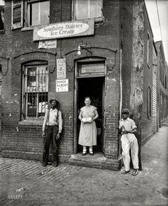 Washington, D.C., 1935. One-stop shopping for Wonder Bread, Stud, Prince Albert http://www.shorpy.com/node/20159?utm_content=buffer6f708&utm_medium=social&utm_source=pinterest.com&utm_campaign=buffer Harris & Ewing