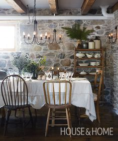 Love The Holiday? Andraya Frith and Graham Kechnie's farmhouse dining room is reminiscent of the quaint U.K. cottage from the popular Nancy Meyers movie.   Photo: Virginia Macdonald