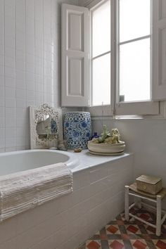 This Weekend: Clean Your Bathroom Grout | Apartment Therapy