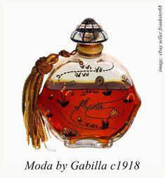 1918 perfume Moda