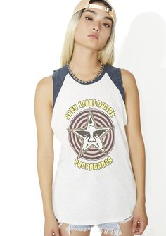Obey Star Crushed Raglan Tank will make 'em pledge their allegiance, bb. This sikk tank features an ultra soft white 'N navy prewashed construction, raw edges, raglan style contrast, and classikk Obey graphics across the front.