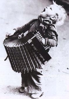 La felicidad es un acordeón... Gabriel García Marquez
