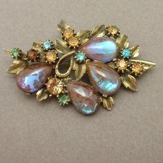 Saphiret Stones Flower Pin Vintage Florenza