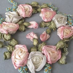 """3 Antique c1920s HM French SILK Ribbonwork 4"""" ROSE Swags Forget-Me-Nots FLOWERS"""