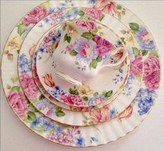 Rare Royal Albert 5 Piece Place Setting by TheEclecticAvenue Antique China, Vintage China, Vintage Tea, Shabby, Tea Cup Saucer, Tea Cups, China Tea Sets, Rose Tea, My Cup Of Tea