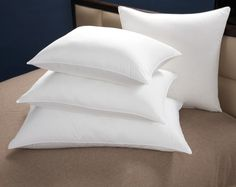 The Washington Post's handy guide to selecting a great pillow - featuring three from Cuddledown!