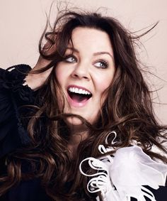 'People don't stop at size Melissa McCarthy has opened up in a new interview about the struggle she, and many other plus size women face Melissa Mccarthy, Illinois, Dresser, Celebrities Then And Now, Lauren Graham, Star Wars, Julie Andrews, Alexis Bledel, Culture