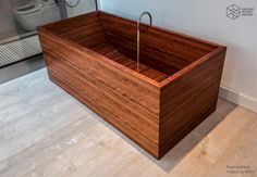 Handmade wooden bathtubs and washbasins. Wood Tub, Wooden Bathtub, Wood Bath, Luxury Interior, Interior Design, Building A Container Home, Afrikaans Quotes, Small House Design, Bath Tubs