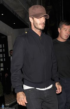 David Beckham treats newly-single son Brooklyn to a boys' night at Noel Gallagher gig | Daily Mail Online