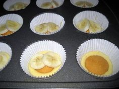 Banana puddin cupcakes... just what I was looking for!        I know Ive pinned this before, but HOLY MOLEY!!!  I made these for graduation, and they were AMAZING!!!  THE BEST cupcakes Iv