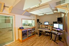 Inspiring work zone! Gold Coast Recorders