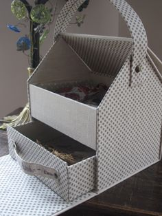 """"""" Ma maison Atelier """" Cardboard Paper, Cardboard Crafts, Diy Paper, Box Shelves, Storage Boxes, Diy Box Organizer, Fabric Boxes, Craft Room Storage, Altered Boxes"""