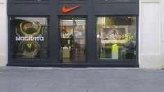 Nike Retail Interior/Mercurial 2014/ NikeBeyoglu/Dusmekan