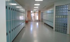Kuva Koulutuskeskus Salpauksen 4. kerroksen käytävästä