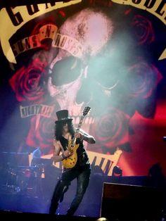 Slash of Guns N' Roses, Coachella, April 2016 - #axlrose #gnr #gunsnrosesreunion…