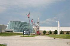 The Strategic Air & Space Museum will now be known as the Strategic Air Command & Aerospace Museum. Strategic Air Command, Air And Space Museum, Air Space, Korean War, Vietnam War, Louvre, Building, Travel, Viajes
