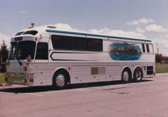 Motorhome Travels, Luxury Bus, Bus Conversion, Silver Eagles, Fun Travel, Motor Homes, Tours, Coaches, Campers