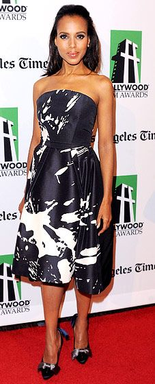 Kerry Washington went with a printed Monique Lhuillier frock Oct. 22.