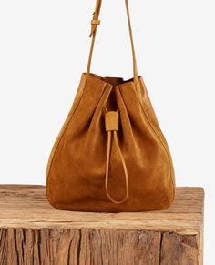 Leather blend saddle
