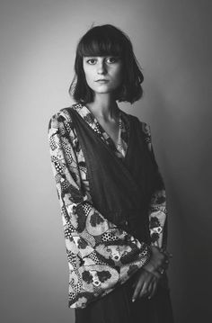 See Faye Webster pictures, photo shoots, and listen online to the latest music. Fm Music, Music Bands, Julia Jacklin, Faye Webster, Music People, Photo Reference, Latest Music, Nice Dresses, Kimono Top