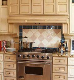 modern ideas for tiled kitchen backsplash designs LOVE the cream, tan and black