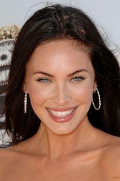 Megan Fox has a beautiful smile! Great Smiles, Good Smile, Beautiful Smile, Beautiful People, Celebrity Smiles, Celebrity Crush, Beauty Head Shots, Megan Fox Style, Megan Denise Fox