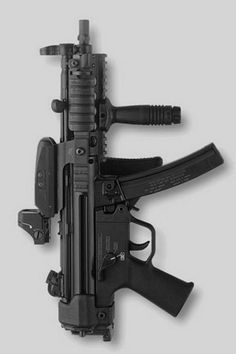 MP5.- so this is what an MP5 looks like! :D