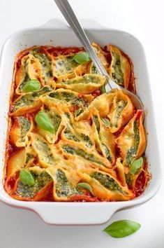 Vegetarian Recipes Easy Vegetarian Recipes Casserole Vegetarian Recipes LasagnaYou can find Lasagna and more on our website. Big Meals, Easy Meals, Vegetarian Recipes Easy, Healthy Recipes, Easy Cooking, Cooking Recipes, Food Goals, Casserole Recipes, Vegetarian Casserole