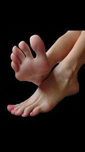 Do they taste like candy? Yes Mistress . - Do they taste like candy? Yes Mistress Do they taste like candy? Yes Mistress This image has get - Foot Pics, Foot Pictures, Human Reference, Anatomy Reference, Cute Toes, Pretty Toes, Feet Soles, Women's Feet, Teen Feet
