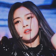୨୧ 𝗠𝗬 𝗘𝗗𝗜𝗧 ୨୧ ryujin itzy © Absolutely Stunning, Beautiful, Kpop Girls, Hello Kitty, Idol, Queens, Korean, Lovers, Random