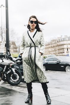 PFW-Paris_Fashion_Week_Fall_2016-Street_Style-Collage_Vintage-Natasha_Goldenberg-2