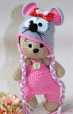 Watch This Video Incredible Crochet a Bear Ideas. Cutest Crochet a Bear Ideas. Crochet Teddy, Crochet Amigurumi, Crochet Bear, Cute Crochet, Amigurumi Patterns, Crochet Crafts, Crochet Dolls, Doll Patterns, Crochet Projects